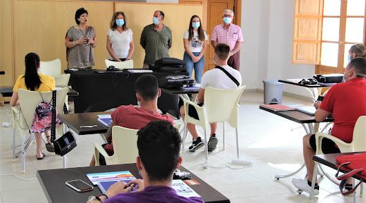 Formación en marketing digital para jóvenes emprendedores de la provincia