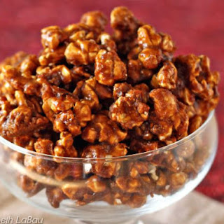 Amazing Gingerbread-Flavored Caramel Popcorn