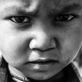sorrow by Siddharth Tiwari - Babies & Children Children Candids