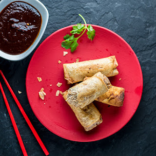 Chicken Spring Rolls & Tamarind Chili Garlic Sauce