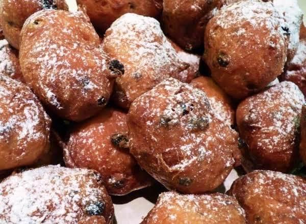 Oliebollen (dutch Ball Donuts) Recipe