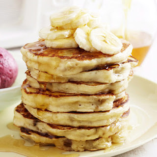 Banana Pancakes with Berry Smoothies.