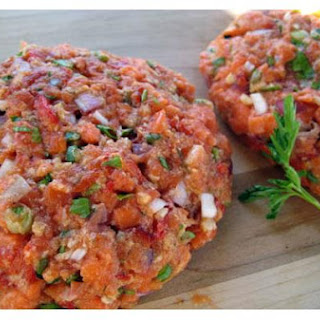 Salmon Burgers With Roasted Red Pepper Aioli
