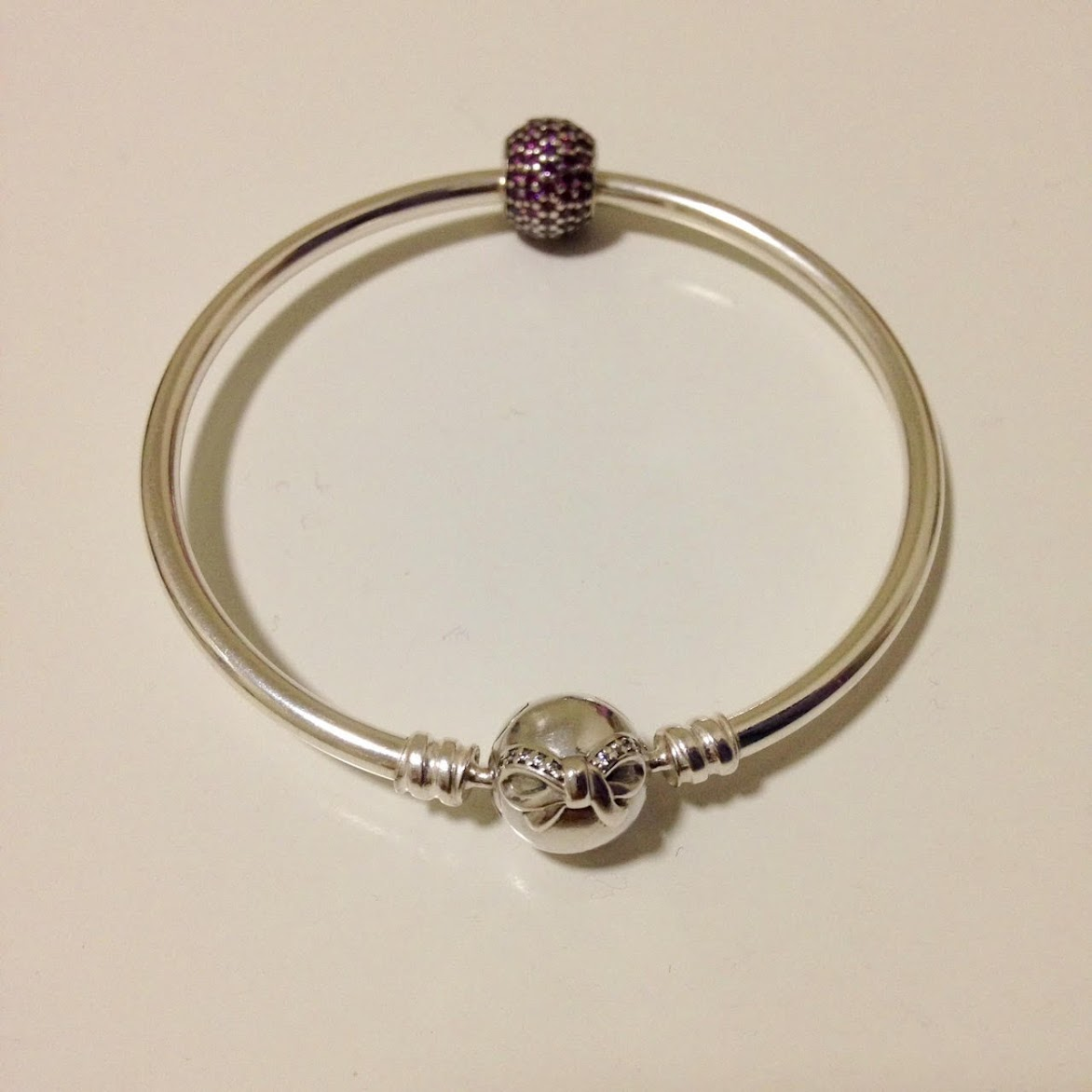 Pandora Dainty Bow Bangle