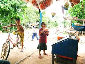Photo: in Cambodia  Google+を始めた頃は PhotoShopも 現像ソフトも覚えたてだったので いま見て どうしても こりゃ駄目だ!アカン! てのは ちみっとづつリメイクしてみようと思う…  おもいたったら だけどね^^