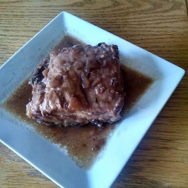 Slow Cooker Ribs With French Onion Ale Au Jus
