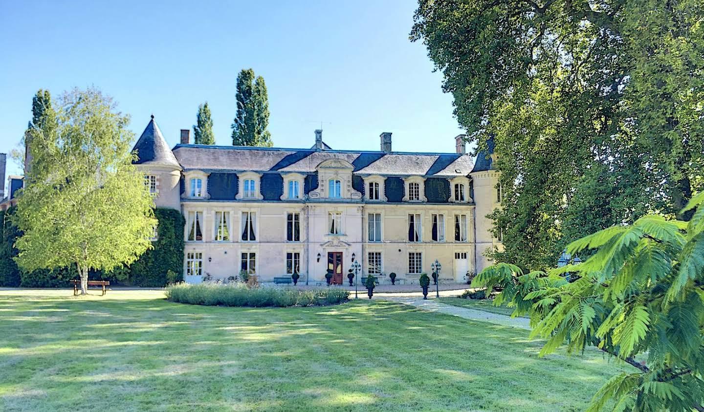 Château Dun-le-Poëlier