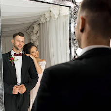 Wedding photographer Maksim Aksyutin (Aksutin). Photo of 06.04.2018