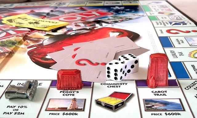 monopoly-2636268_640.jpg
