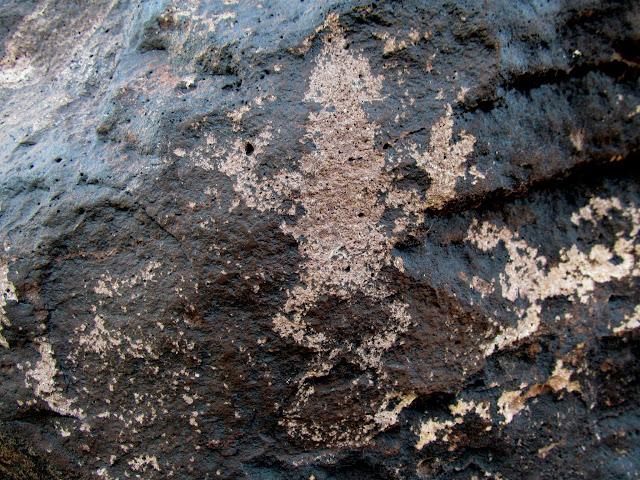 Frog petroglyph