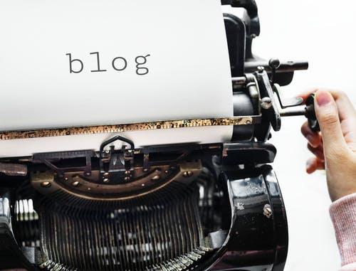 Editorializ conçoit et rédige vos contenus de blog corporate