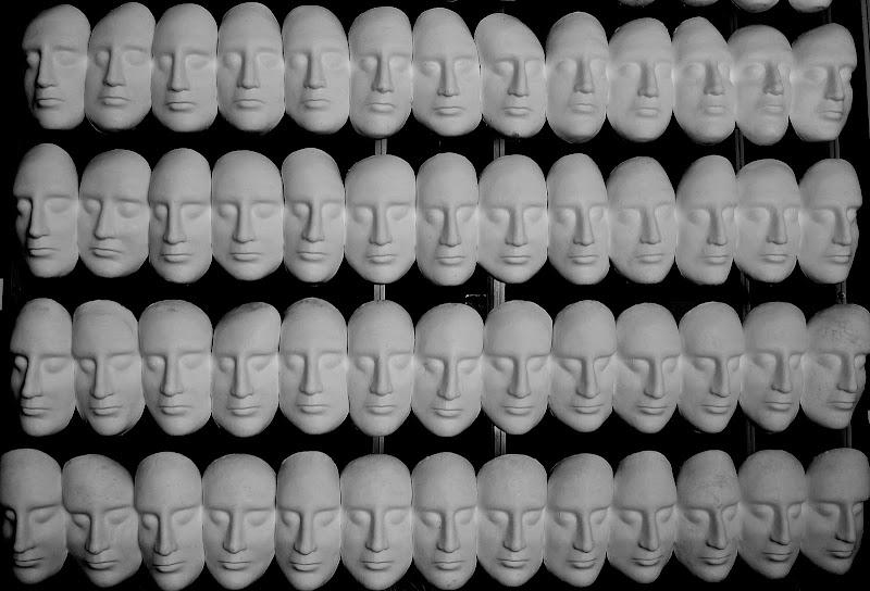 La stessa maschera. di gigidueelle