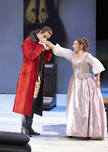 "Photo: Wiener Staatsoper: ""Le nozze di Figaro"" am 16.11.2014. Luca Pisaroni (Conte) und Olga Bezsmertna (Contessan).  Foto Wiener Staatsoper/ Pöhn"