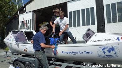 Photo: Préparation et Chargement du rameur au Chantier Naval des 3 Caps à Marans