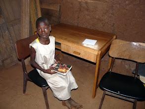 Photo: Paulette, que nous avons sauvée à la naissance, parrainée, en classe de CM2, vient de recevoir table, chaises, lit, armoire...