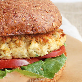 Crab Cake Sandwich [Vegan]