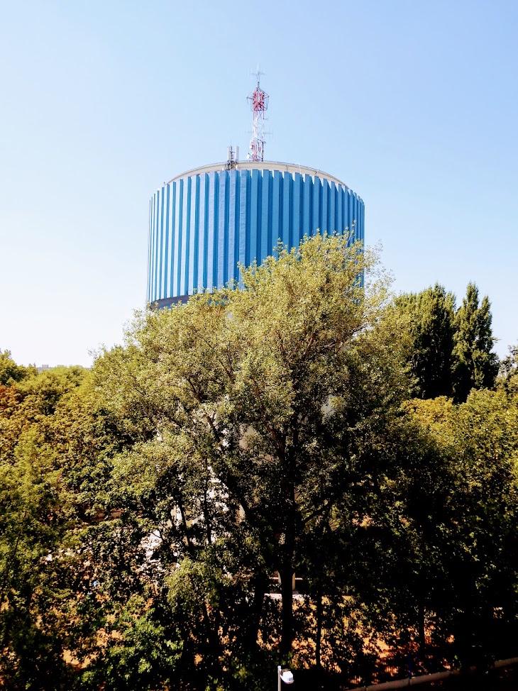 Győr/Erzsébetliget - helyi URH-FM adóállomás