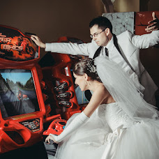 Wedding photographer Sergey Arutyunyan (ssss1979). Photo of 04.12.2013