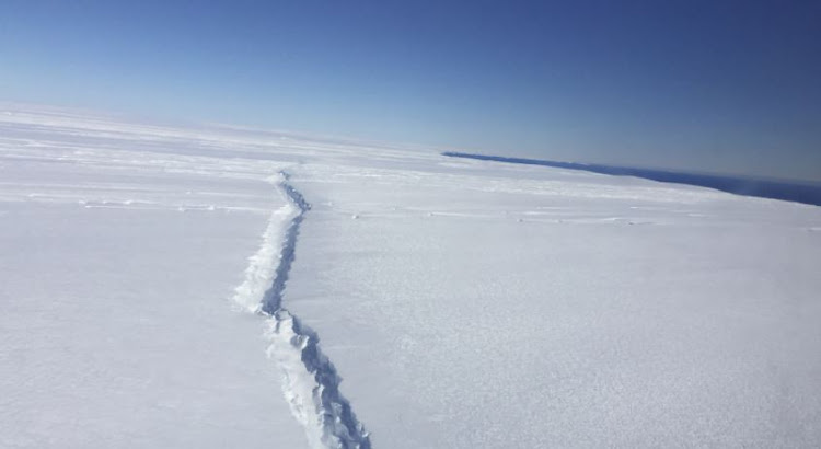 580 square km section of Larsen C (ice shelf) finally broke away,