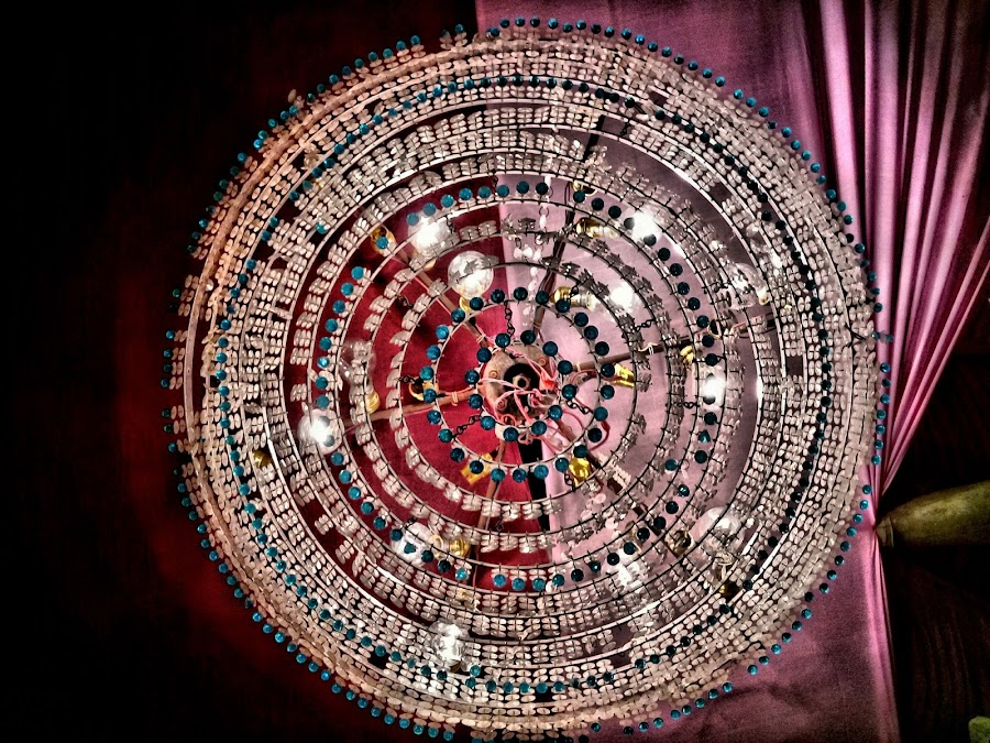 chandelier by Neil Mukhopadhyay - Instagram & Mobile Android
