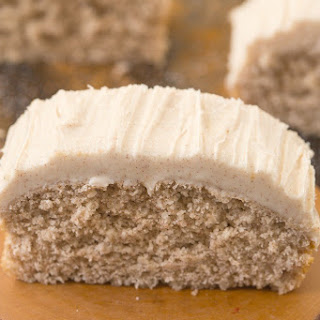 Healthy Cinnamon Bun Breakfast Cake.