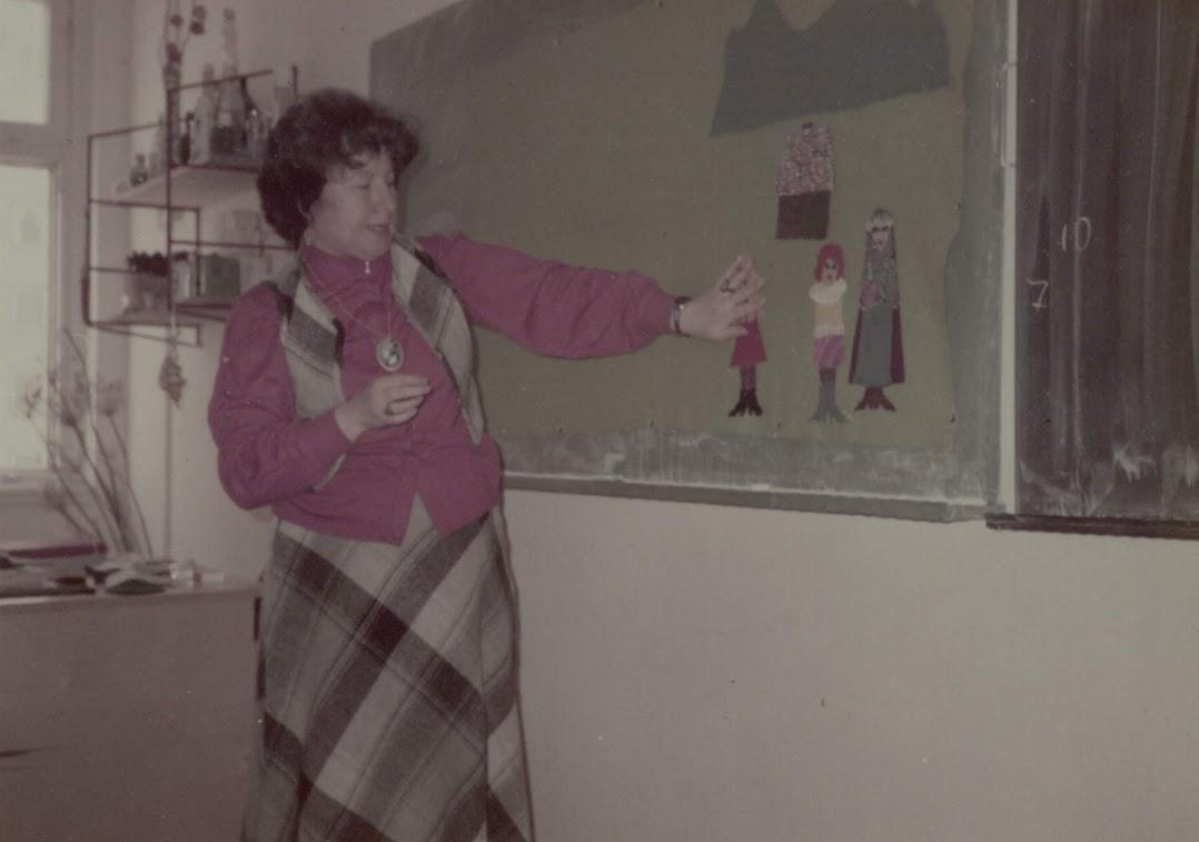Meseposztó foglalkozás 1985