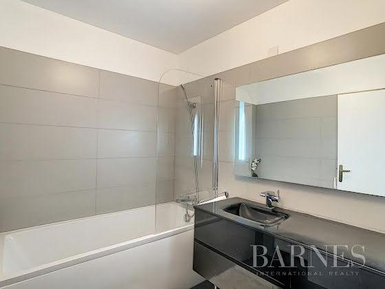 Location appartement meublé 3 pièces 80,85 m2