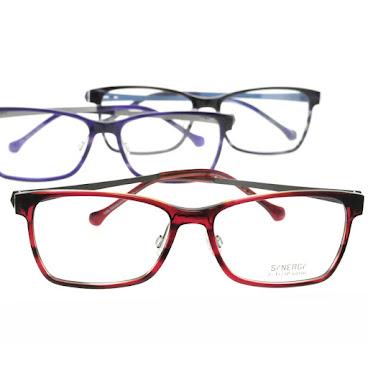Synergy 8008方形高密度板材眼鏡