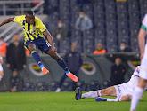Samatta et Fenerbahçe mettent la pression sur Besiktas