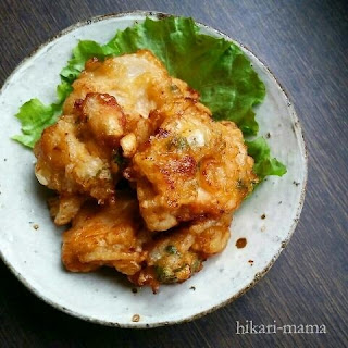 Juicy Karaage (Fried Chicken Breast) with Onions topped with Oyster Sauce and Mayonnaise