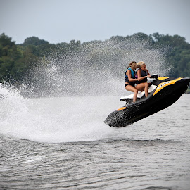 by Mike Craig - Sports & Fitness Watersports