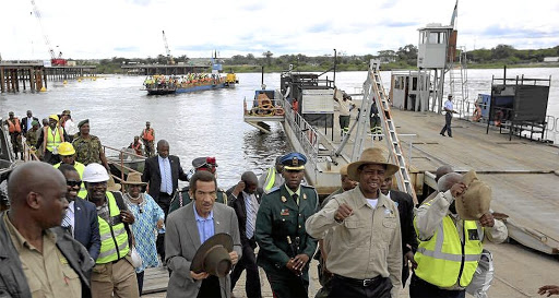 Botswana and Zambia agree to work with Zimbabwe 'in principle' on Kazungula Bridge