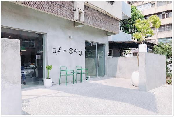 美菊麵店~屏東最美麵店。美菊麵包店~屏東最美烘焙坊