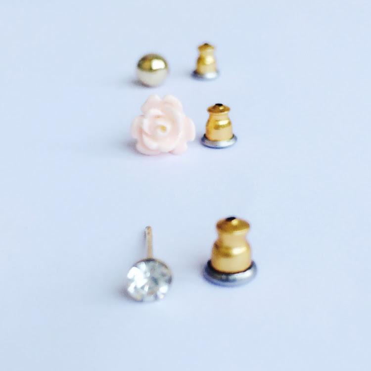 E041 - M. All for the rose Medley Earrings