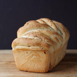 Slap Ya Mama Peel-Apart Bread