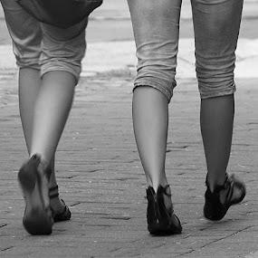 4 legs by Renato Dibelčar - People Street & Candids ( shoes, street, feet, maribor, schuhe, people, girl, slovenija, woman, slowenien, slovenia, lady, legs, boots )