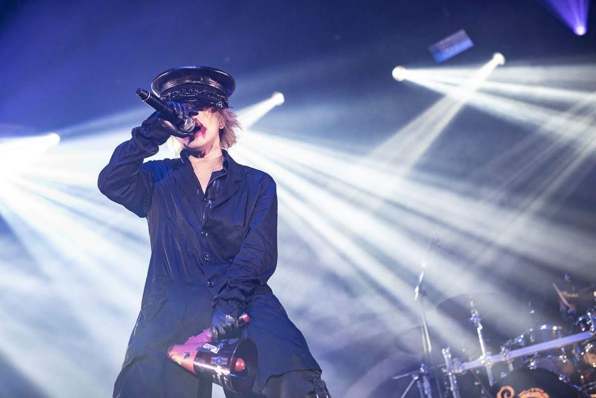 【迷迷現場】 HYDE 狂熱演出席捲台北 「金熬!」台語大讚台灣樂迷