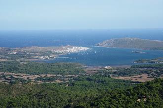 Photo: Fornellsin kylä ylhäältä saaren keskeltä (Menorca)