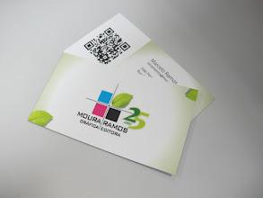 Photo: Cartões de visita - Com QR Code e aplicações de verniz sobre algumas imagens.