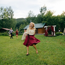Wedding photographer Vitaliy Gololobov (avis212). Photo of 19.08.2017