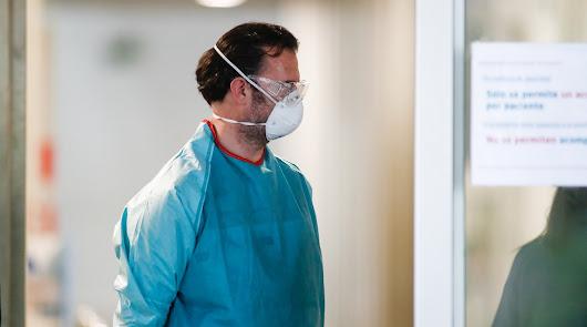 Por primera vez en Madrid hay en 24 horas más pacientes dados de alta (1.293) que contagios (906).
