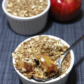 Healthy Apple Pie Breakfast Crisp.