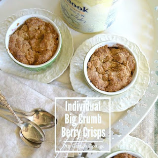 Individual Berry Crisps {with Fantastic Big Crumb Topping}