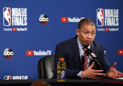 Cleveland remercie son coach