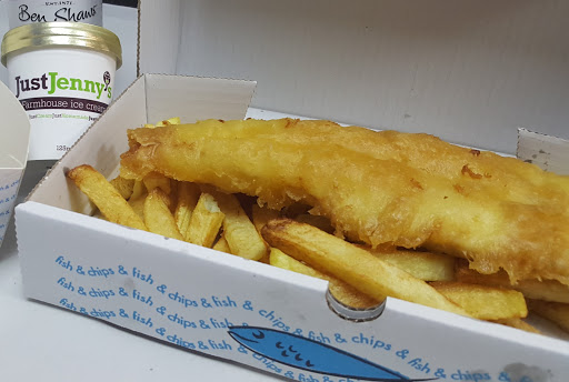 Small Fish & Chips kids meal