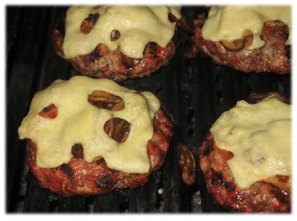 Mushroom Swiss Burgers W/ Bacon Recipe