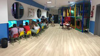 Ludoteca de Juegos Arcade en la EMMA.