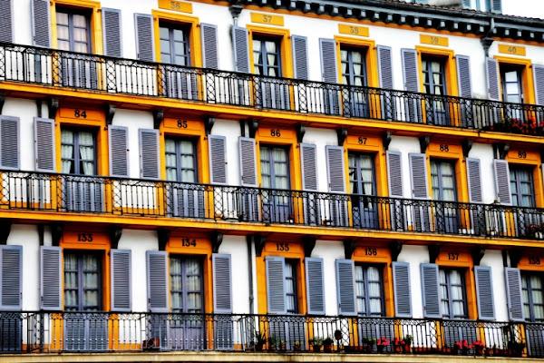Yellow windows di supermaio