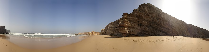 Photo: Portugal, Algarve, Praia da Bodeira