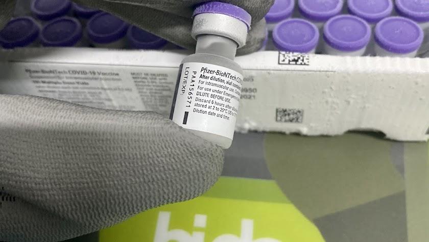 Bidafarma colabora en la distribución de las vacunas contra el Covid-19.